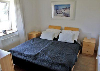 Hier finden Sie erholsamen Schlaf - gemütliches Schlafzimmer mit Doppelbett